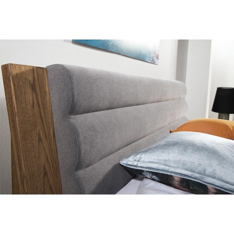 Łóżko z wezgłowiem tapicerowanym Velvet Typ 74 Szynaka Meble